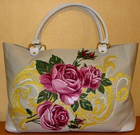 Вышитая сумка